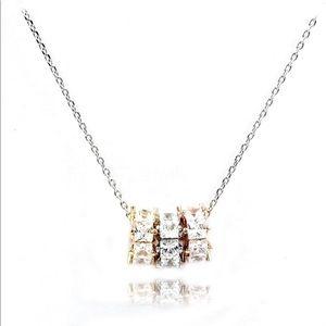Fashion tricolor small circle pendant necklace